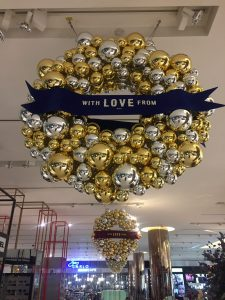"Gold Christmas bauble reef saying ""WITH LOVE FROM"""