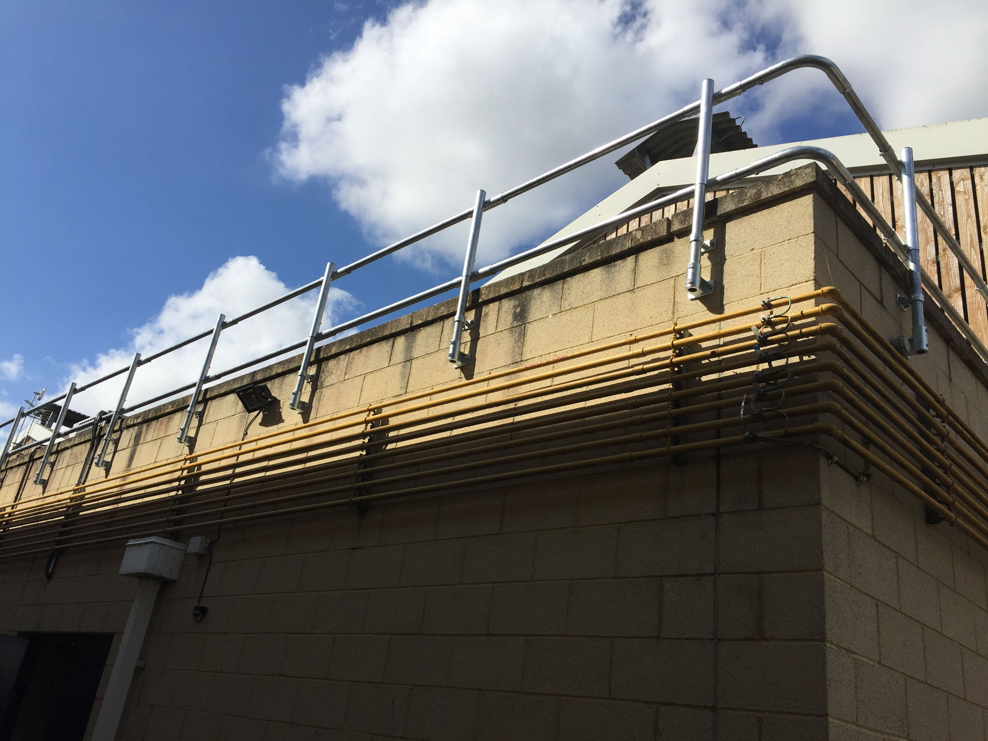 Fixed Parapet Guardrail