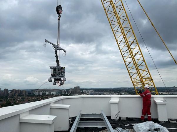 BMU London Install WEM Heightsafe 1
