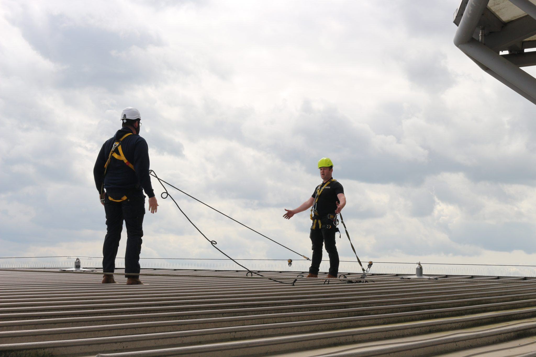 Height Safety and Harness Awareness Training – Who Should Take Part?